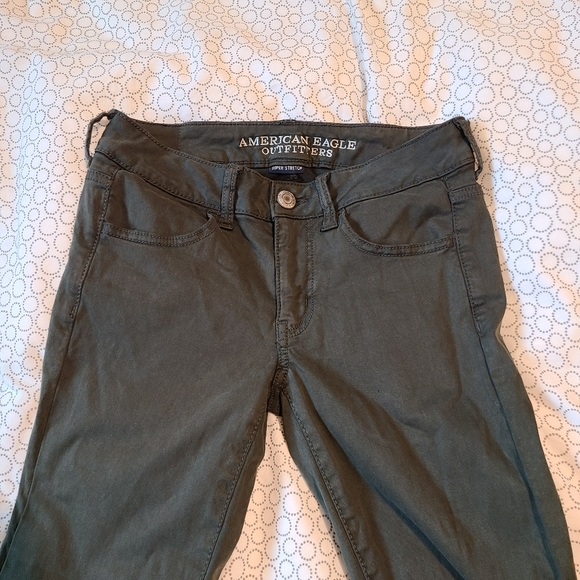 Army green skinny jeans - American eagle